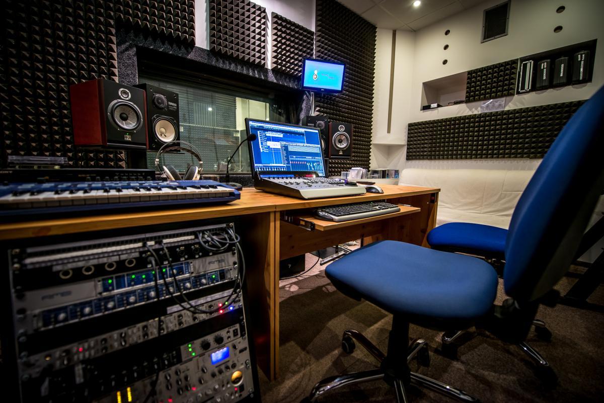 Dunny studio